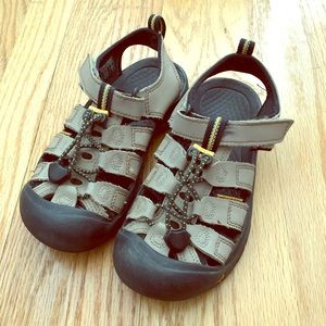 Boys Keen Water Shoes Tan